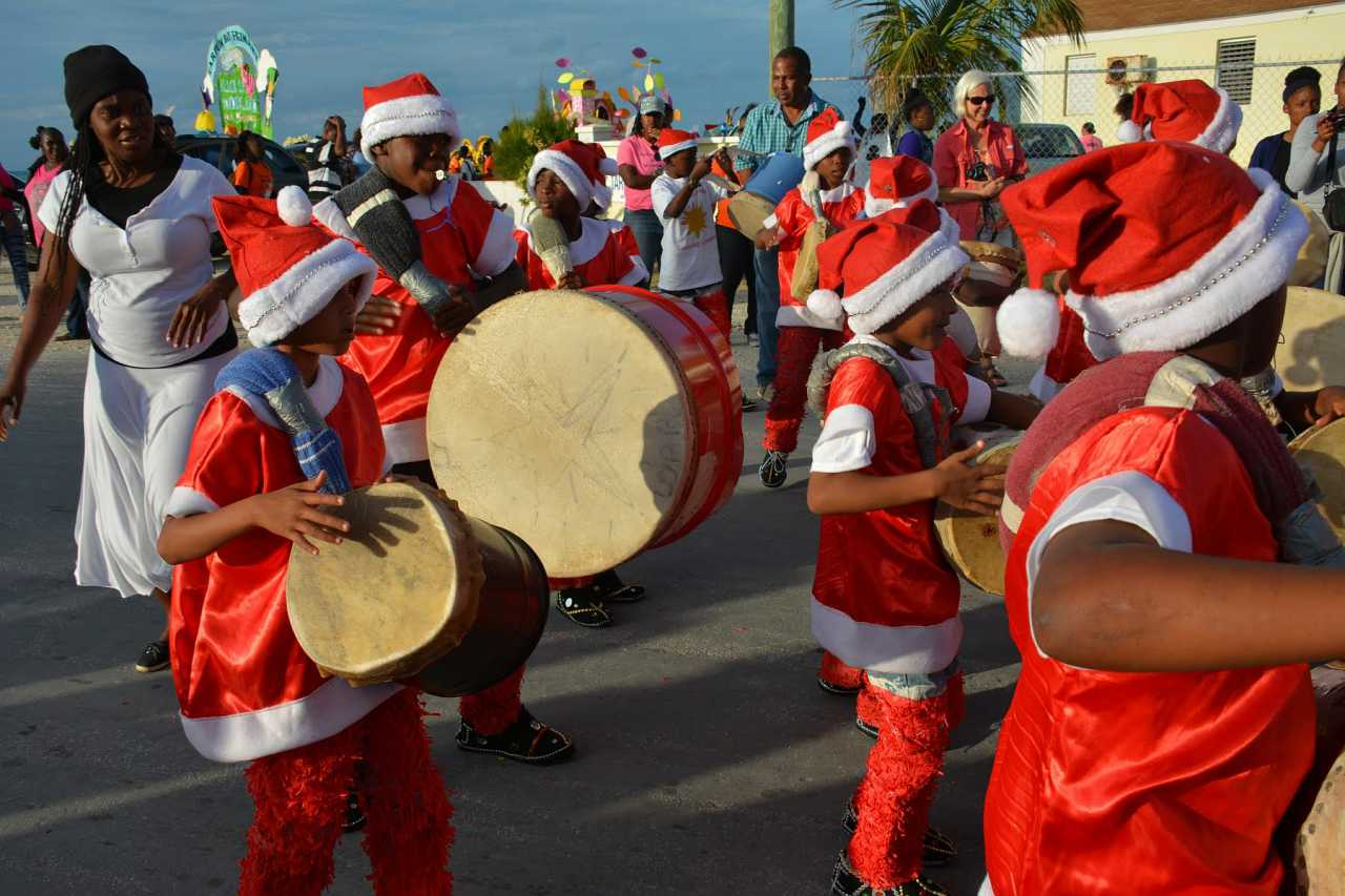 eleuthera calendar of events: junkanoo